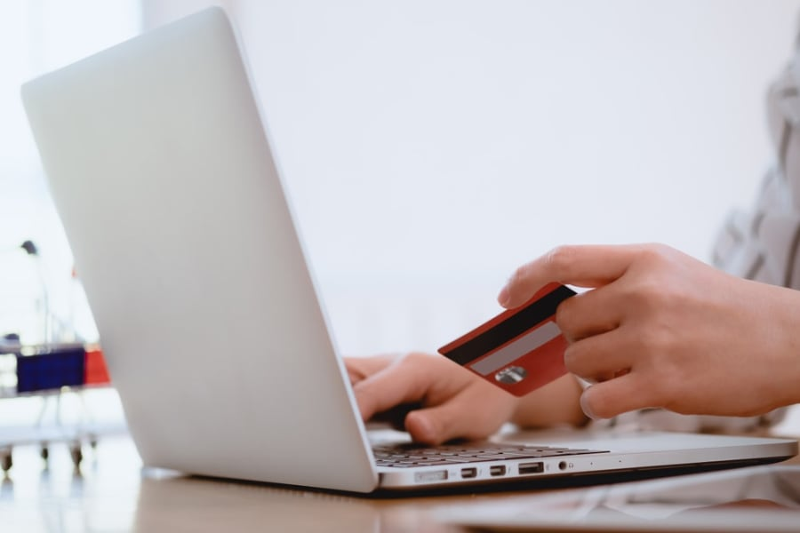 How A Credit Card Works?