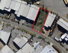 15 Tacoma Circuit CANNING VALE WA 6155
