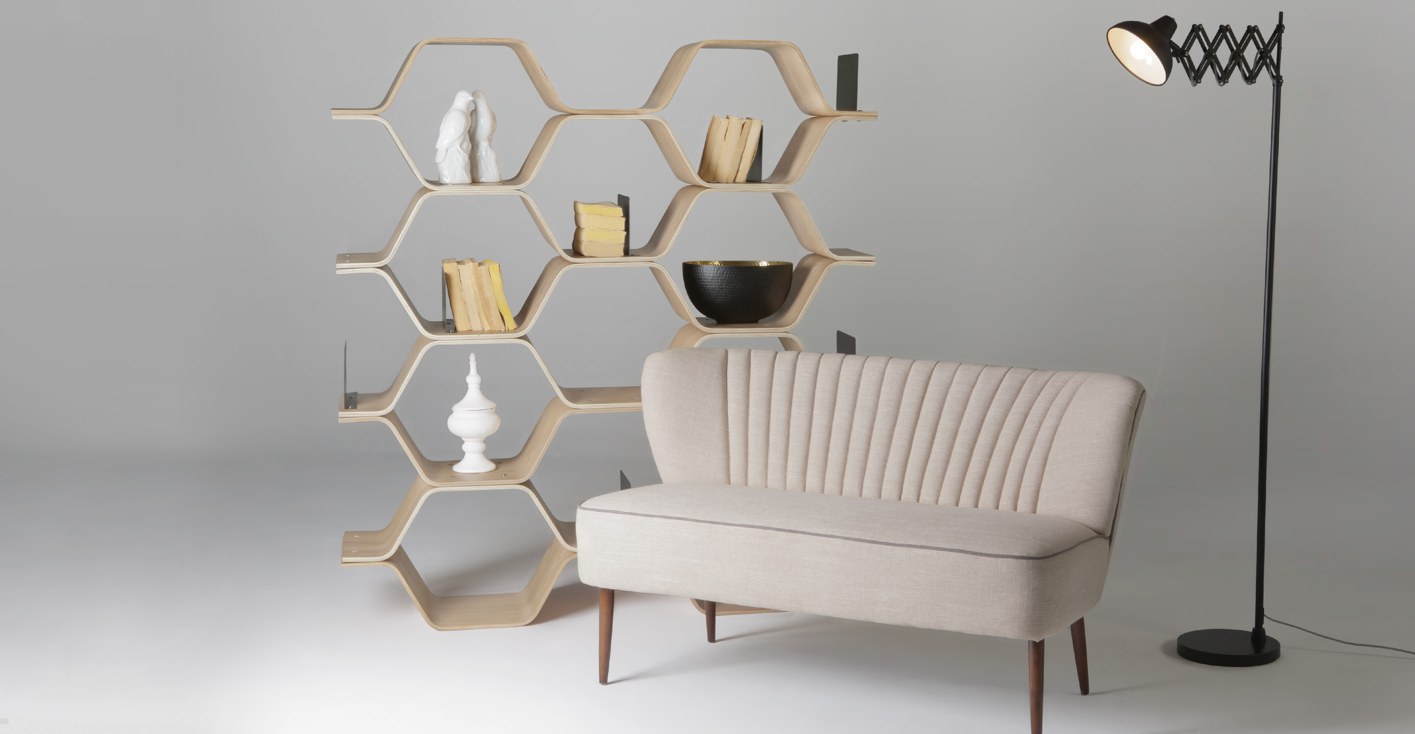 polygon une biblioth que fr ne. Black Bedroom Furniture Sets. Home Design Ideas
