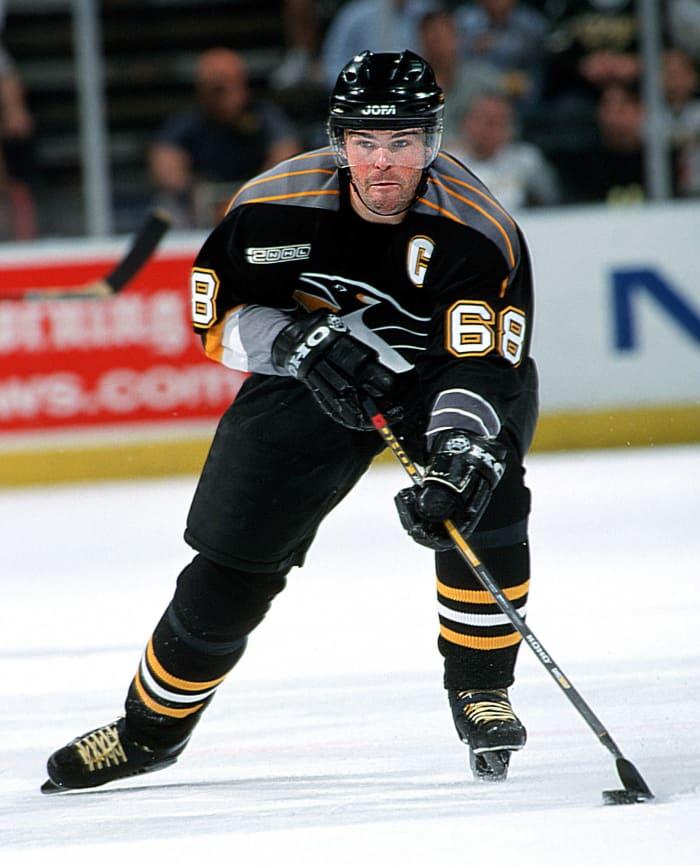 Pittsburgh Penguins: Jaromir Jagr (68)