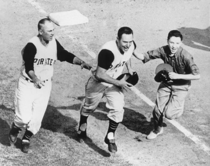 1960: Game 7 - Pittsburgh Pirates 10, New York Yankees 9