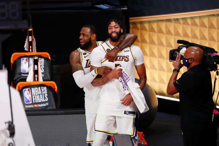 Lakers win the most regular season games, repeat as champions