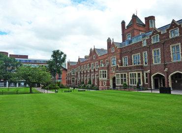 Study Abroad Reviews for Arcadia: Belfast - Queens University Belfast