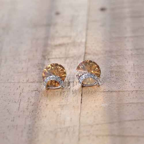 Honey Brown Lucky Earrings made with Elements from Swarovski
