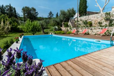Trulli Jaja: Splendid Historic Trulli with Pool