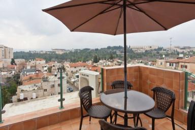 Spectacular Views! Kosher! Luxury!