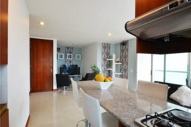 Modern Comfortable Condo with Pool