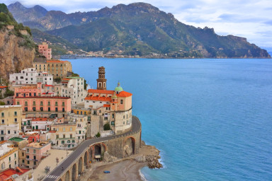 Luxuös villa med havsutsikt och många bekvämligheter på Amalfi kusten