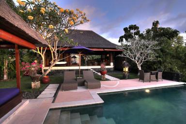 Villa Bulan Madu