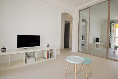 Appartement derriere le Martinez proche Croisette