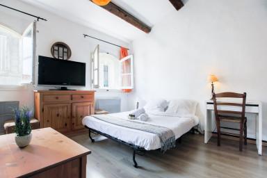 • Near Cours Julien • 35m² • Mezzanine bedroom •