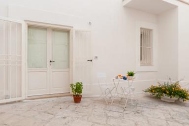 Maiolica Studio: independent studio apartment in Monopoli's old town