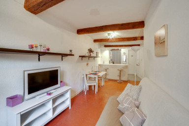 Nice apartment in the old town of Nice