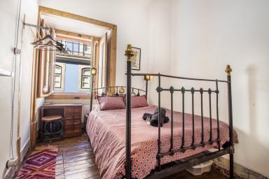 Amazing Double Bedroom Rossio