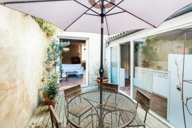 W196 - Magnifique maison bordelaise avec patio et spa