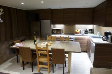 Magnifique Appartement Chalet en Duplex SKIOPIEDS Luxe, 3 Balcons Sud