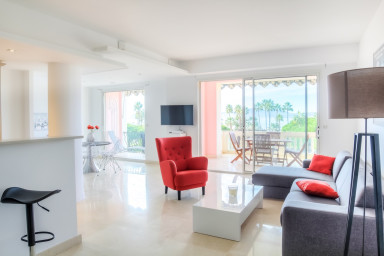 Croisette, amazing sea view, spacious with terrace