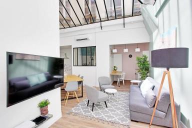 3-BDR / 2-BR Loft Higher Marais - Residence Meslay