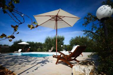 Trullo Azzurra with pool in Itria Valley