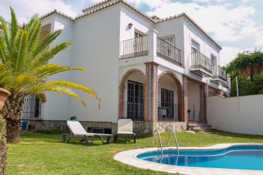 Nerja Paradise Rentals - Villa Victoria