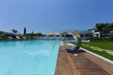 Villa Malga: Luxurious seaside villa with private pool in Polignano a Mare