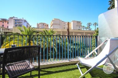 Studio cosy avec terrasse proche de la Promenade des Anglais et les plages