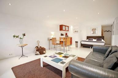 Romantic & cozy souterrain studio | City Centre