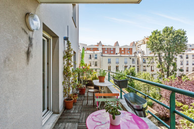 T2 avec terrasse, proche de Paris - W491