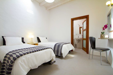 Lovely studio apartment within a traditional Canarian house