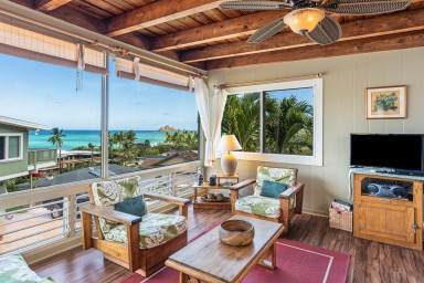 Lanikai Hillside Cozy Cottage with Spectacular Ocean View