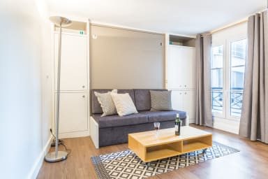 Designer Studio for 2, close to Louvre Museum!