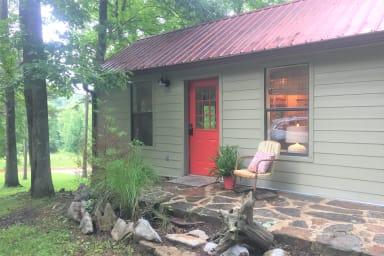 Sylamore Creek Retreat