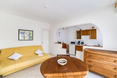 Lovely studio close to the beach of Antibes – Welkeys