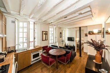 Comfortable flat near Paris Monuments