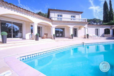 Villa Savina / Beautiful villa with swimming pool