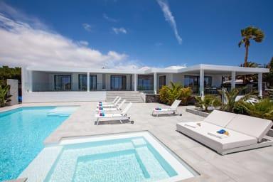 Cascada33 | Lujosa villa de 4 habitaciones a cinco minutos de la playa