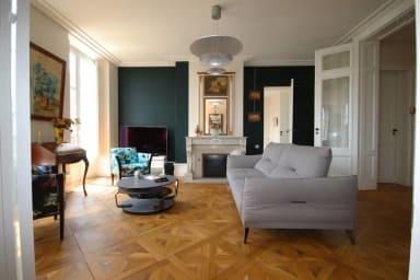 Bordeaux Lafayette Luxe Air Conditionné