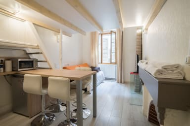 Morens studio mezzanine Vieille ville