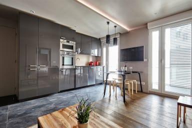 Contemporary 1BR home with Balcony in Batignolles