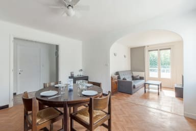 Spacious and quiet 2br with balcony close to the metro in Lyon - Welkeys