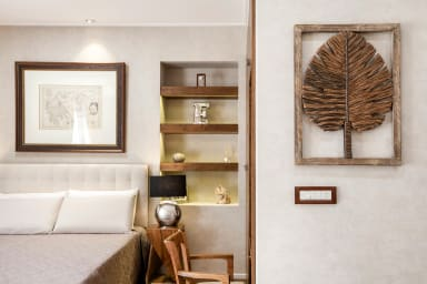 The Beverly Suite (III) in Plaka by JJ Hospitality