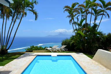 Villa Tiare - Tahiti - breathtaking view, pool & garden - up to 7 pers