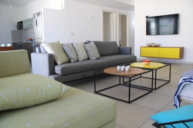Amazing & Cool 3 bedrooms apt-Maon ,Florentin 338