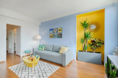 Splendide appartement sur la Place aux Huiles - Air Rental