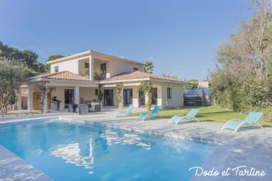 Stunning Villa 4 bedroom with pool - Dodo et Tartine
