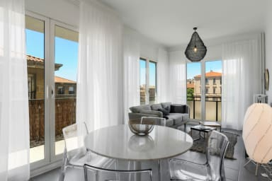 MEDIUM STAY ONLY - Sunny apartment close to the Old Port - WELKEYS