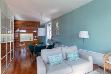 Modern and Bright 2BR Home - 4th
