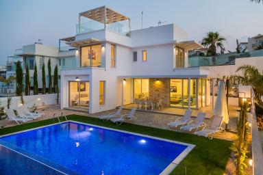 Sapphire Lagoon villa