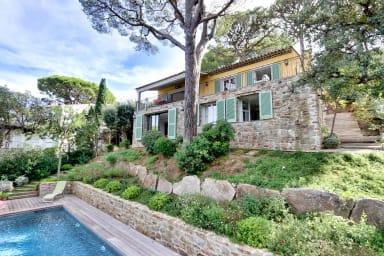Villa Viviane / Superbe villa à Saint Tropez proches des plages