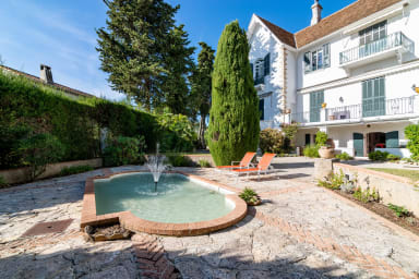 Beautiful charming 2 stars apartment with patio in Cannes